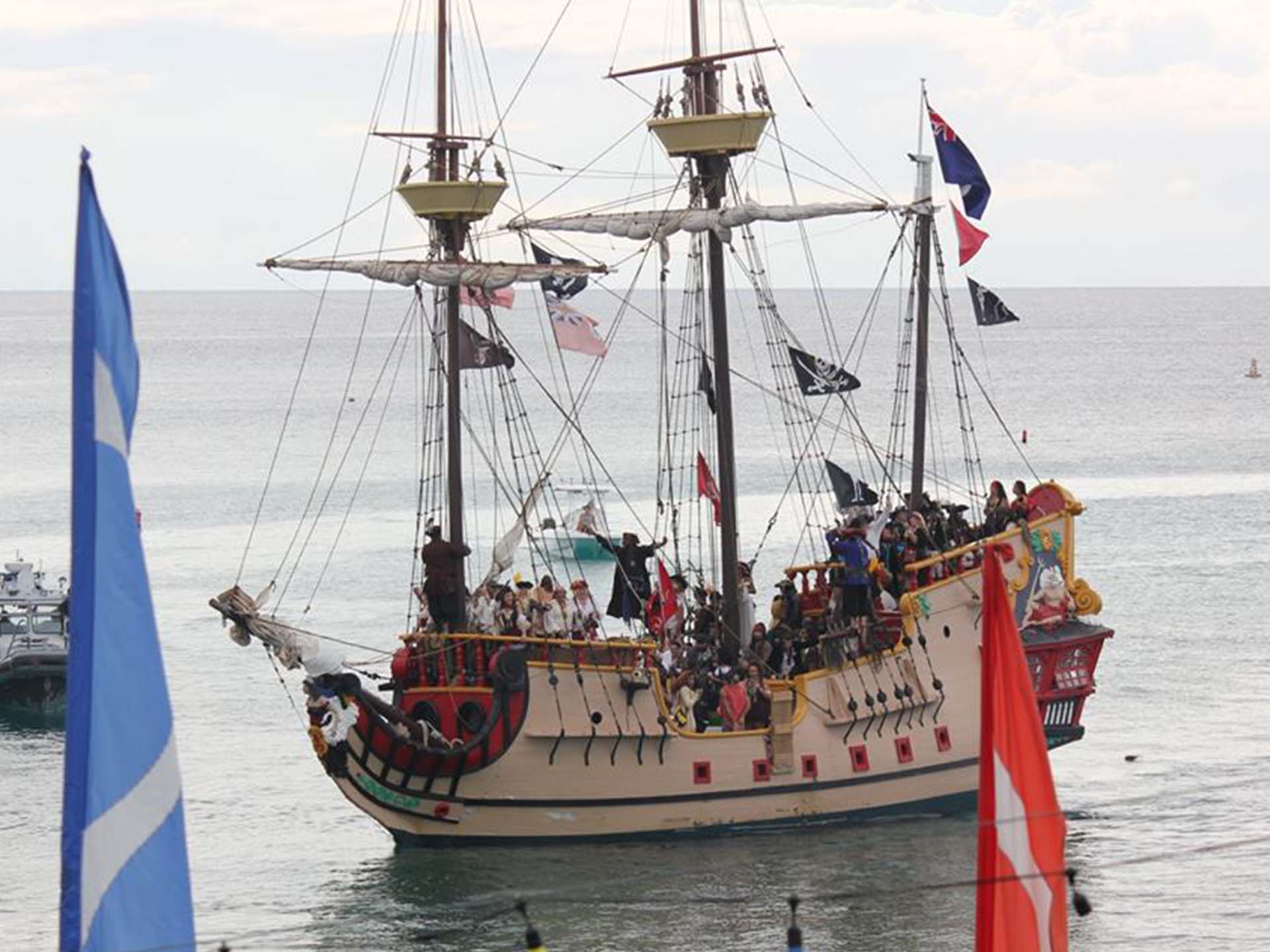 Jolly Roger – the pirate ship on Cayman Islands